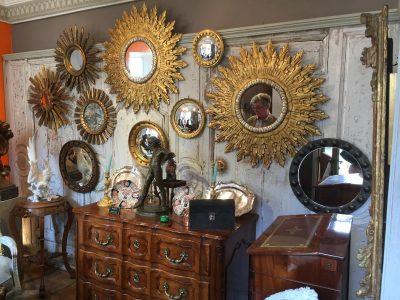 Mur de miroirs.