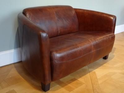 Canapé LIBERTÉ deux places en cuir.
