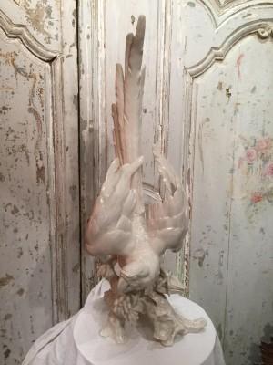 Perroquet en porcelaine allemande.