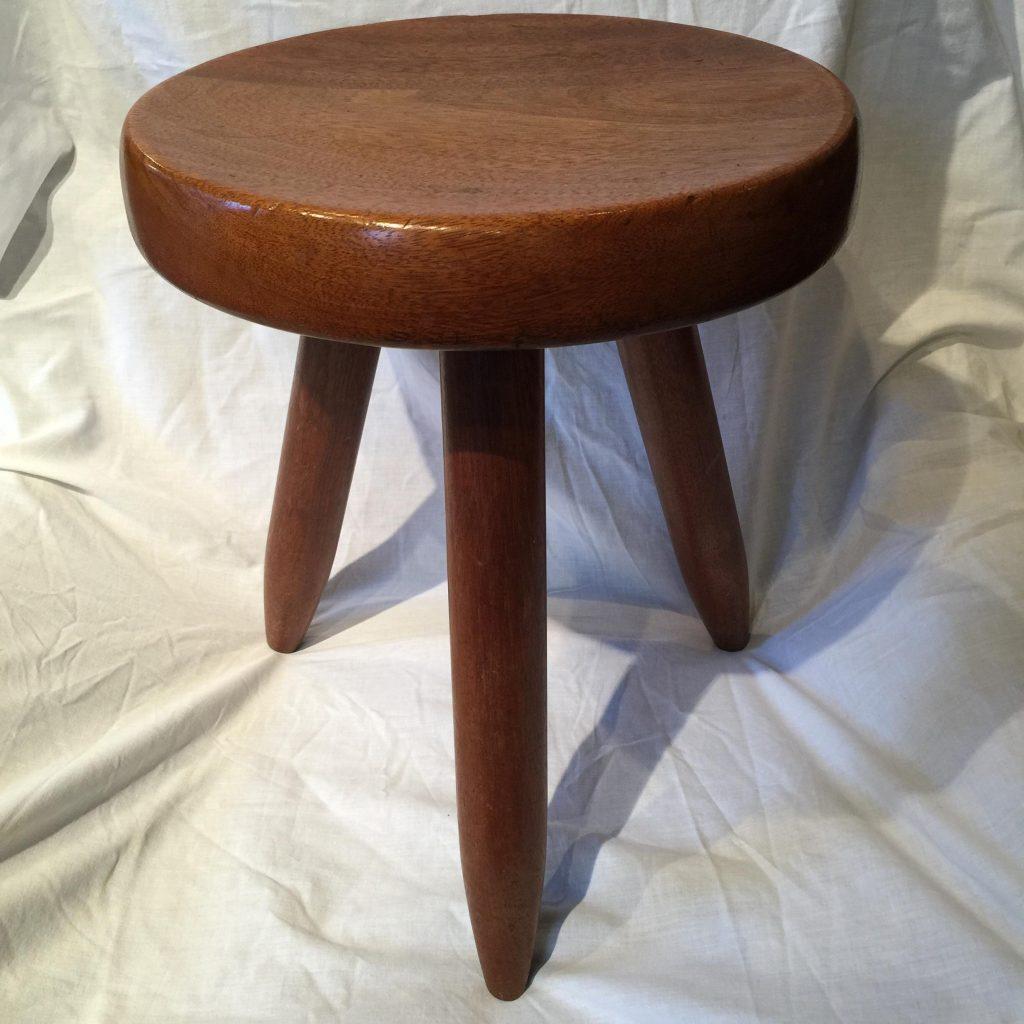 tabouret haut de charlotte perriand r mi dubois antiquit s. Black Bedroom Furniture Sets. Home Design Ideas