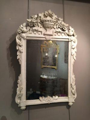 Miroir peint d'époque Louis XVI.