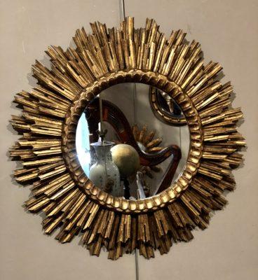 Miroir soleil à trois rangées de rayon.