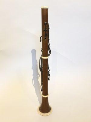 Clarinette en buis et ivoire signée Buffet.