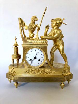 Pendule au caniche d'époque début du XIX éme siècle.